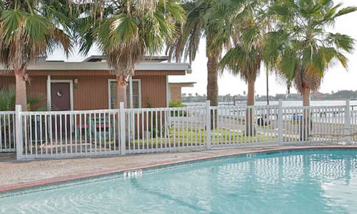 Magic Suntan Motel - Texas Gulf Coast Fishing